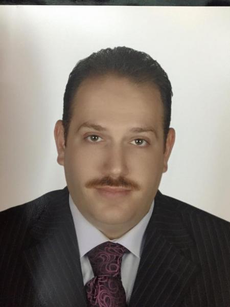 الدكتور محمد أبو شحادة