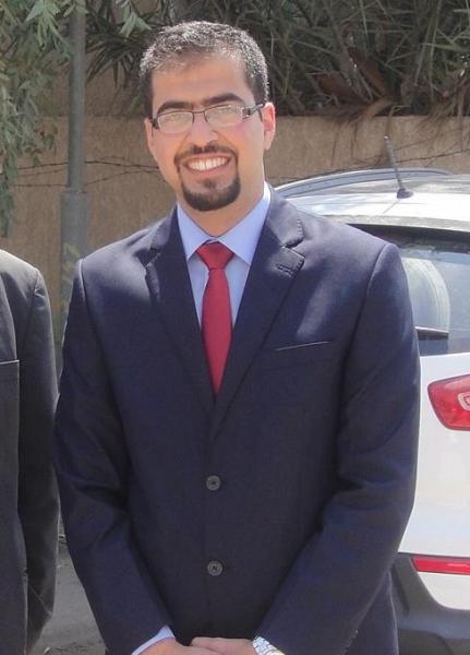 الدكتور احمد عبد الامير حسن