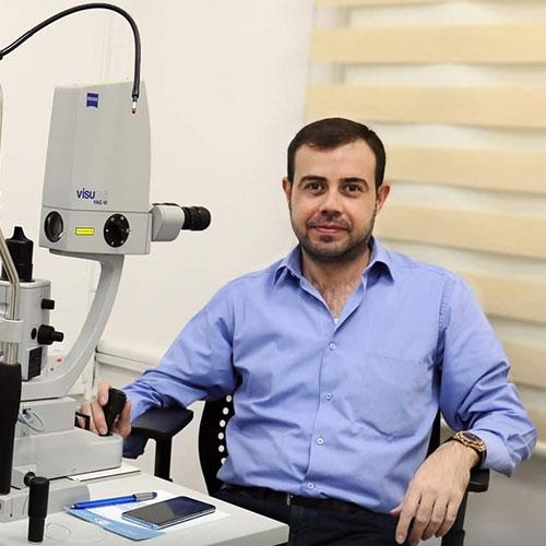 الدكتور عباس شاكر داود