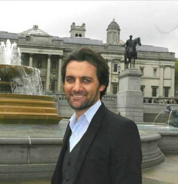 الدكتور رزكار عزت خان