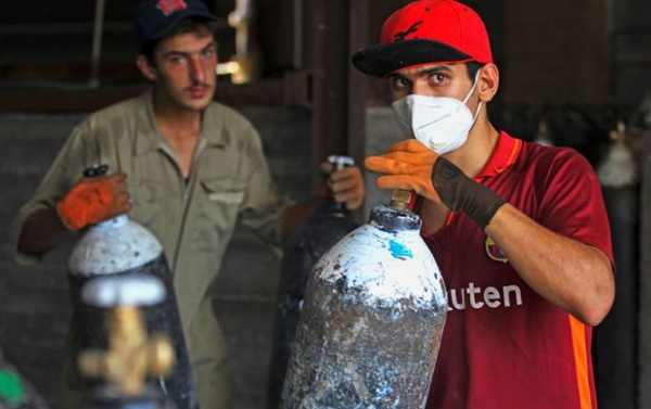 وزير الصحة يوجه بإنشاء معمل أوكسجين في ذي قار بصورة عاجلة