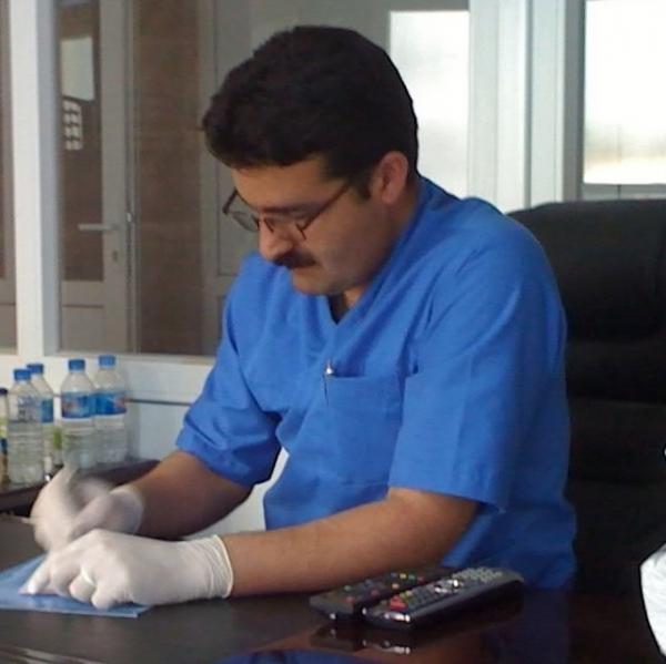 الدكتور نزار أحمد محمد