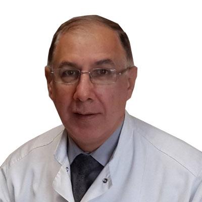 الدكتور نزار الشعار